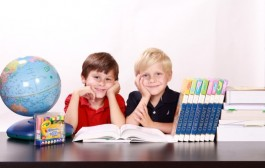 Ako možno deťom jednoducho priblížiť storočie?